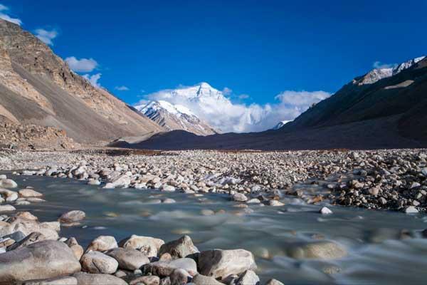 西藏旅游那些可以耍疯的自驾游线路